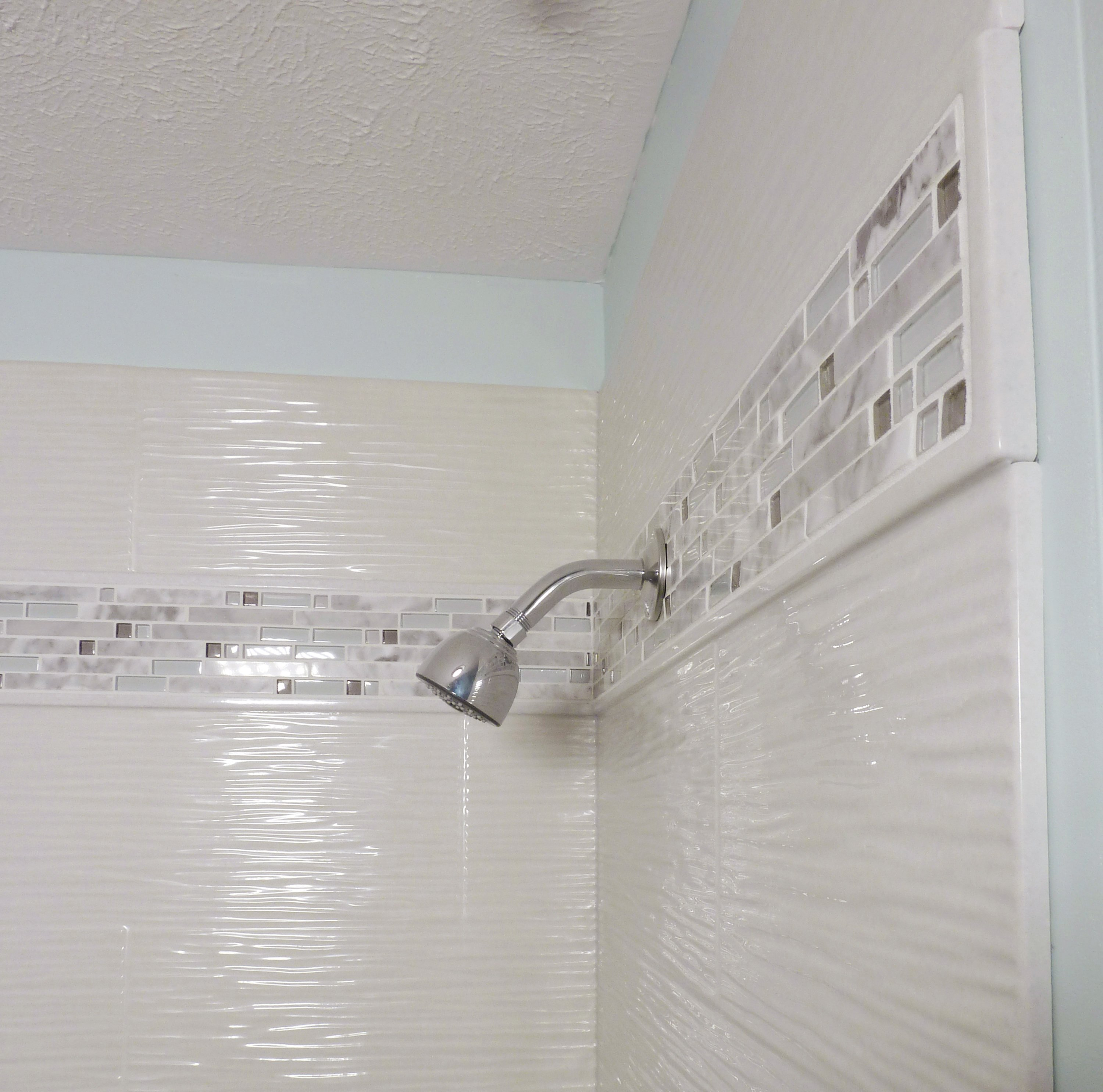 Wavy Shower Tile
